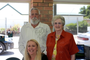 The author, Melanie Calvert, with her parents Ted and Phyllis Calvert.